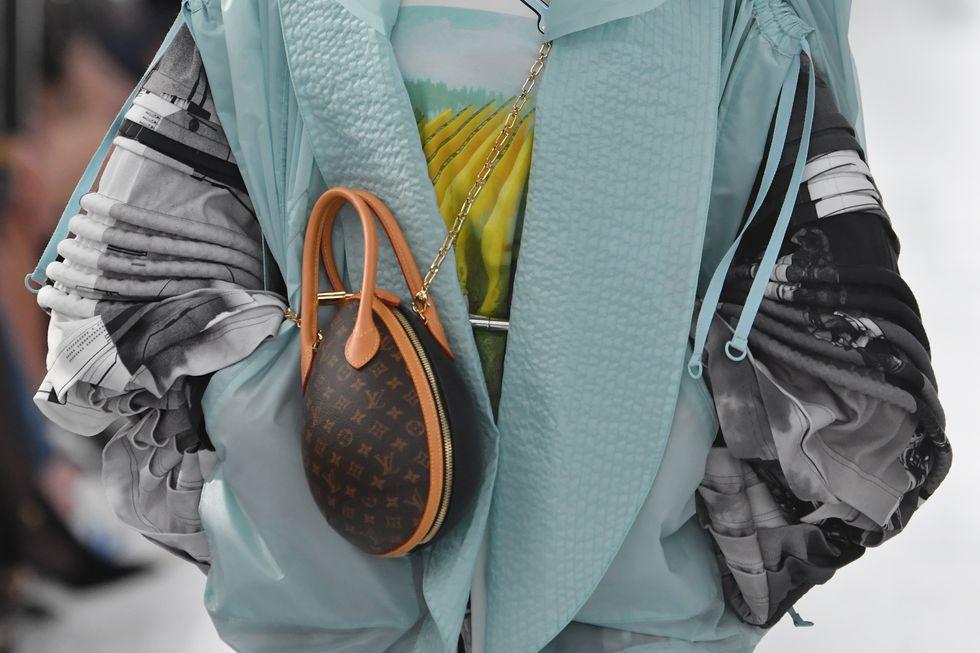 أسبوع الموضة في نيويورك - حقيبة صغيرة