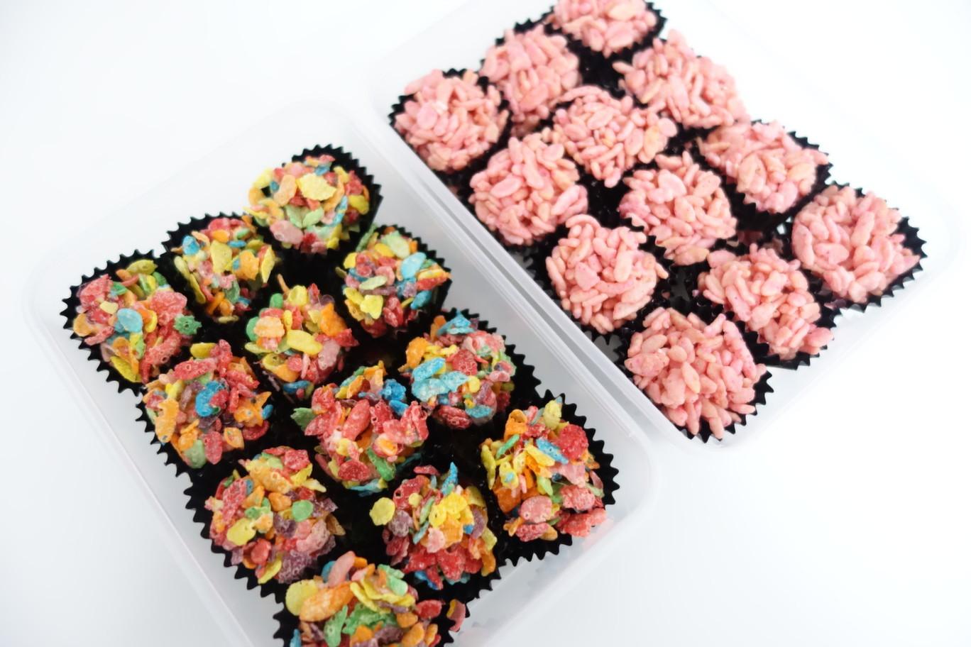 عمل حلويات بالفراولة - طريقة عمل حلويات بالفراولة والمارشميلو