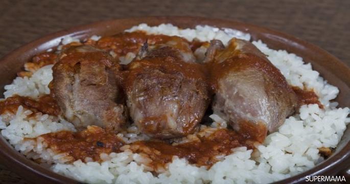 إعادة تدوير الأرز المطبوخ - طريقة عمل الفتة المصرية