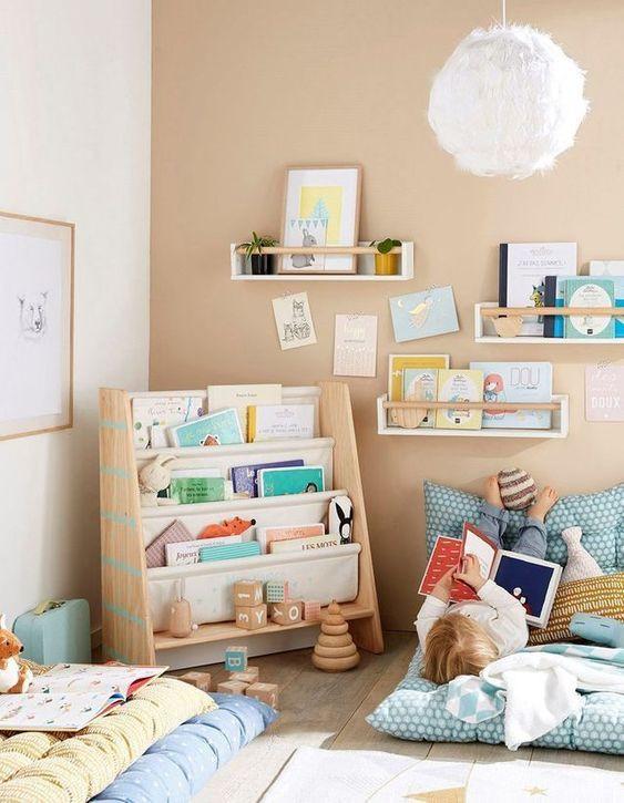 صور غرف نوم أطفال - ركن للقراءة في الغرفة