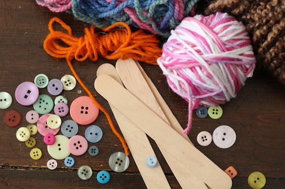 أعمال من الصوف للأطفال - دمى بالعصيان الخشب