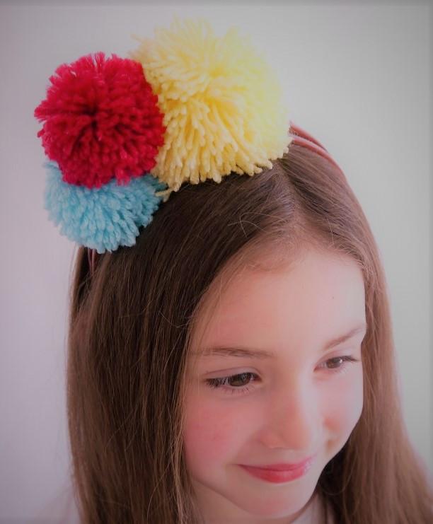 أعمال من الصوف للأطفال - طوق شعر