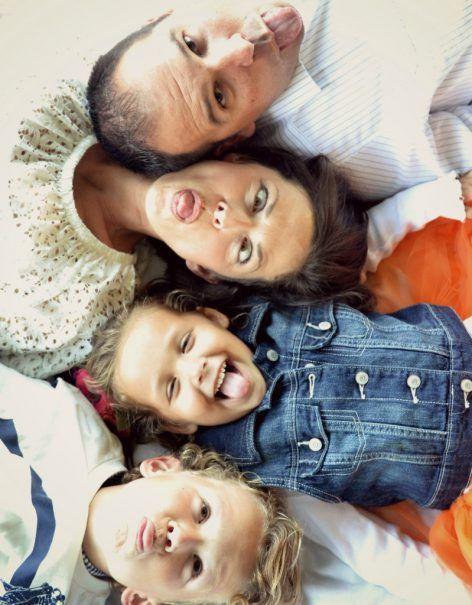 أفكار للصور العائلية - صورة لطيفة ومضحكة