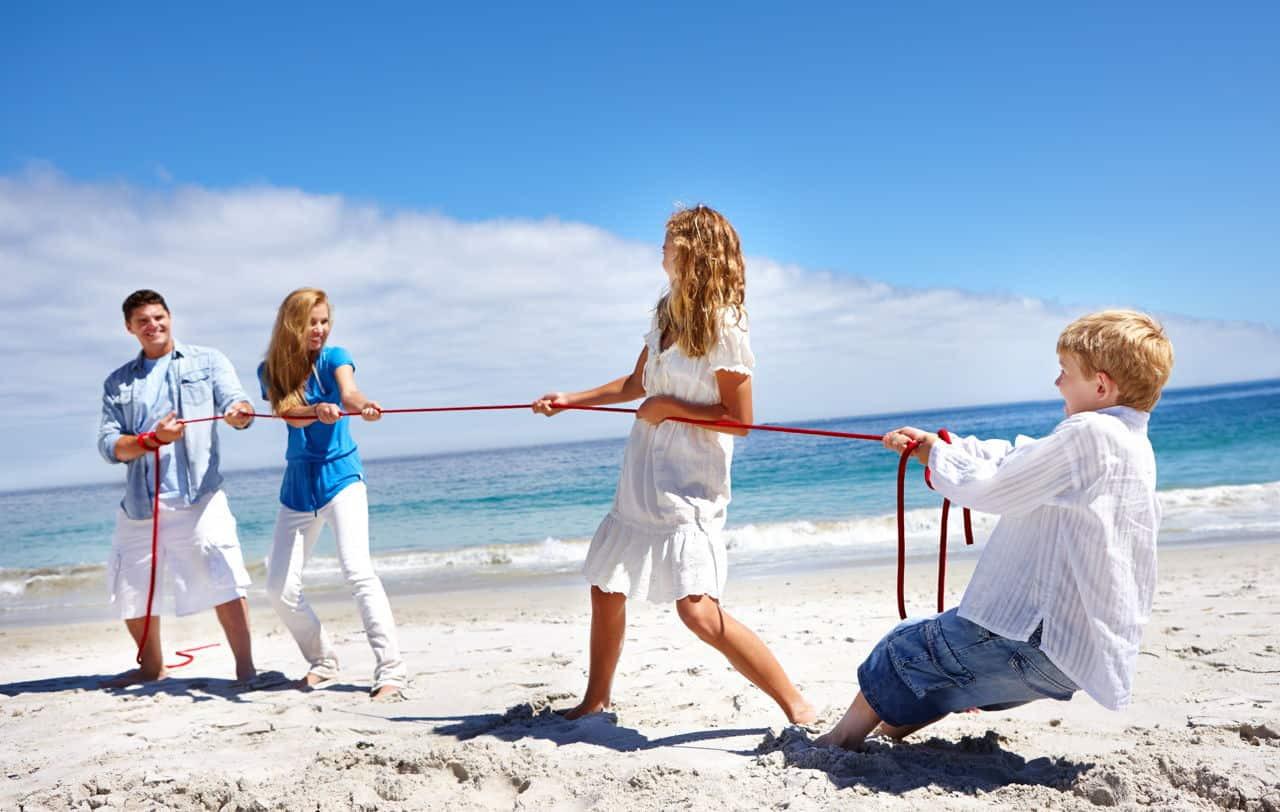 ألعاب البحر للأطفال-شد الحبل