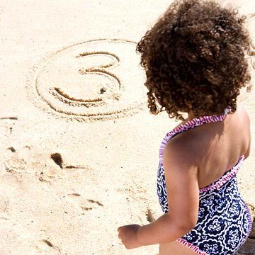 ألعاب البحر للأطفال-الرسم على الرمل