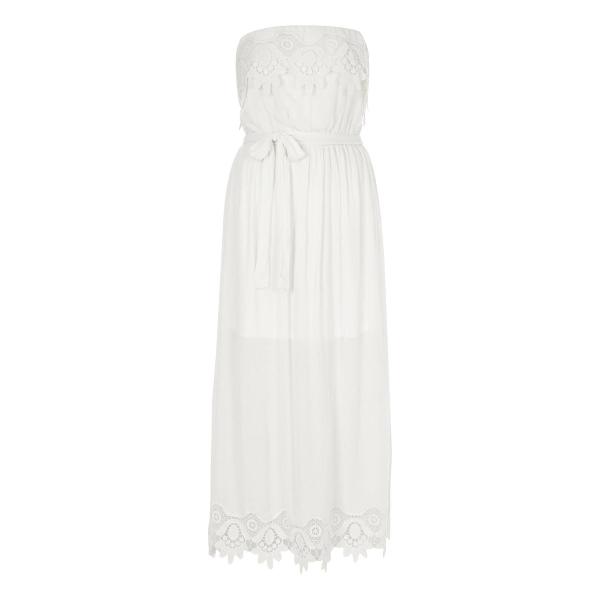 موضة الفساتين الصيفية-الفساتين البيضاء
