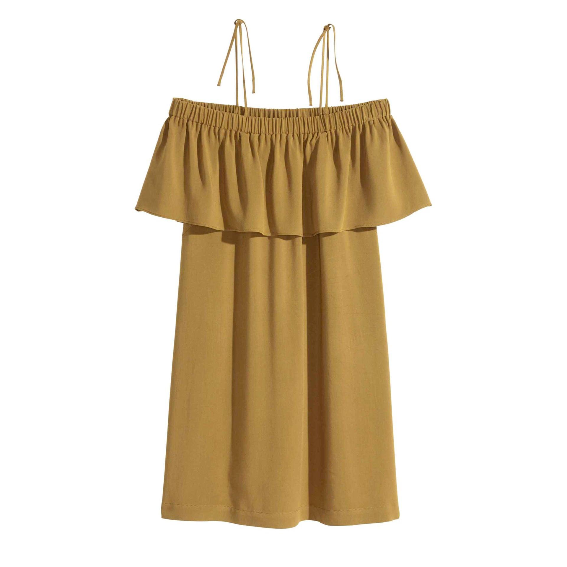 موضة الفساتين الصيفية-فساتين هاف شولدر
