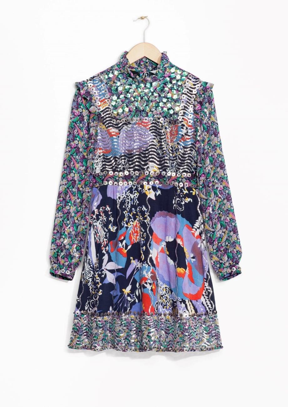 موضة الفساتين الصيفية-فساتين بكم طويل