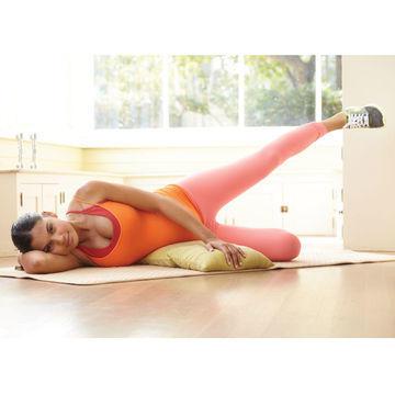 تمارين رياضية للحامل - تمرين لتقوية الفخذين