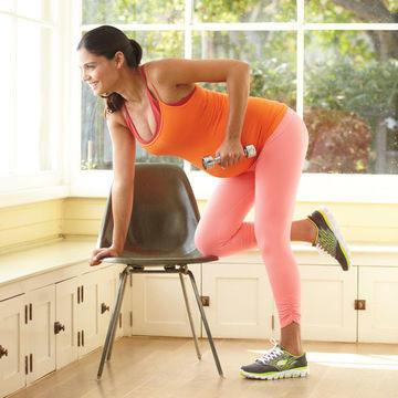 تمارين رياضية للحامل - تمرين للظهر والذراعين