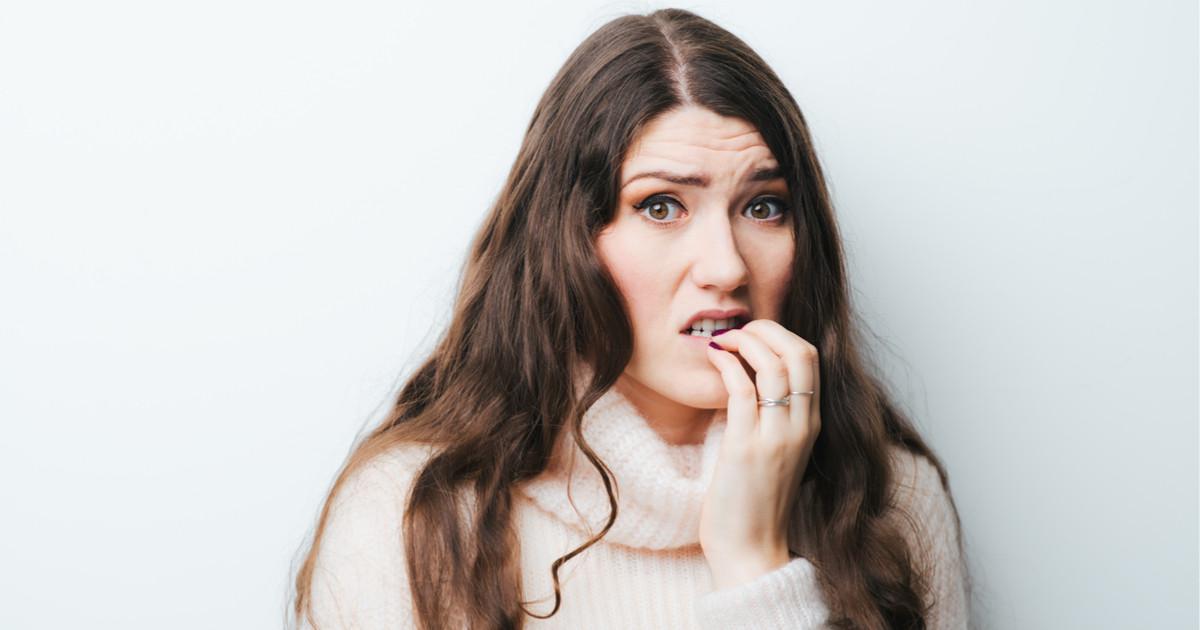 أسباب تقصف الأظافر - الضغط العصبي