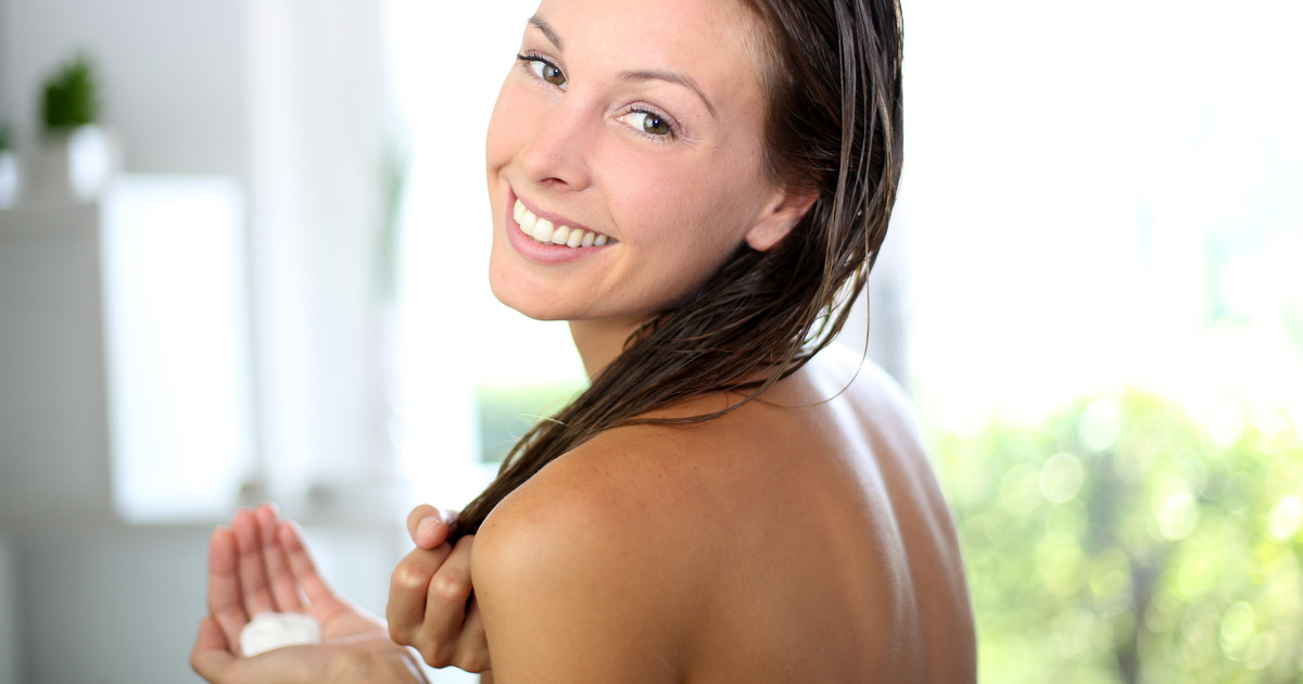 أفضل طريقة لغسل الشعر