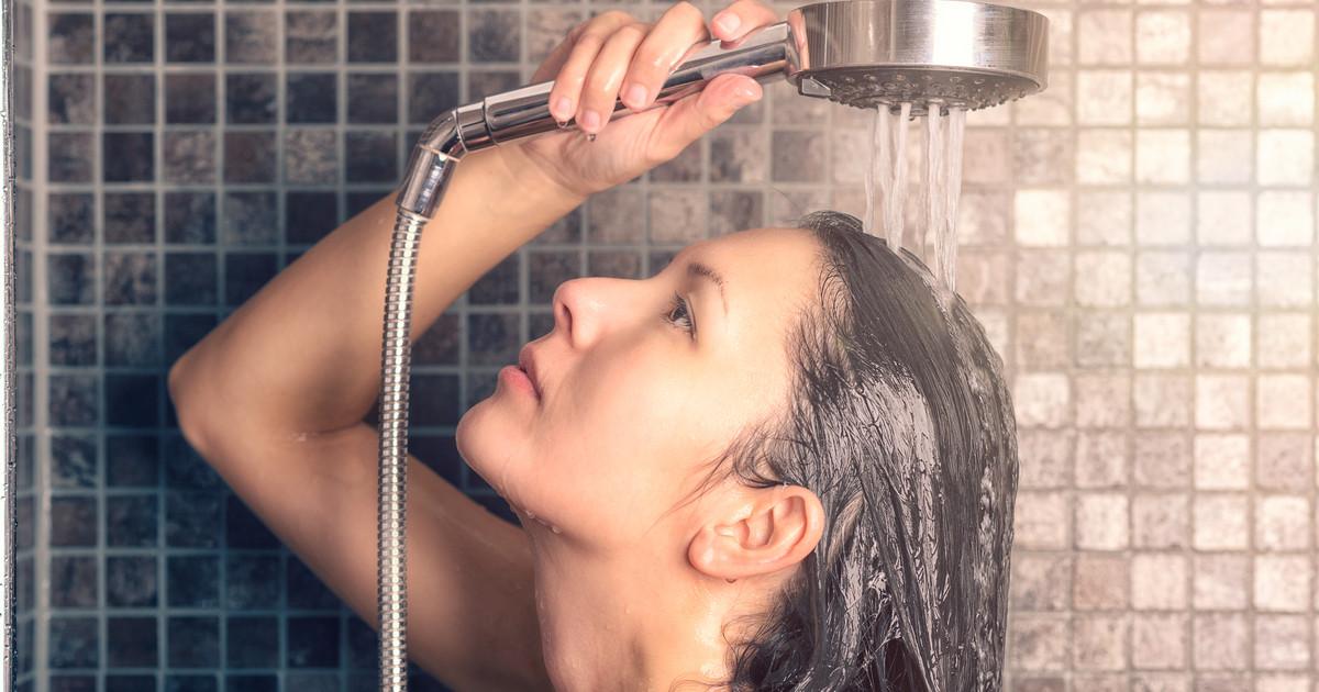 أفضل طريقة لغسل الشعر 5