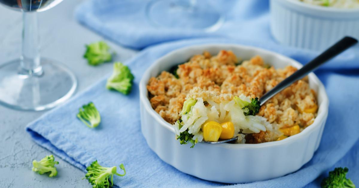 أرز بالدجاج والبروكلي