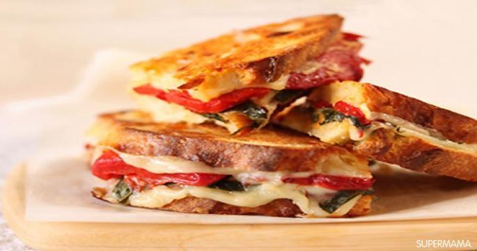 طريقة عمل ساندويش الجبن بالطماطم والمشروم
