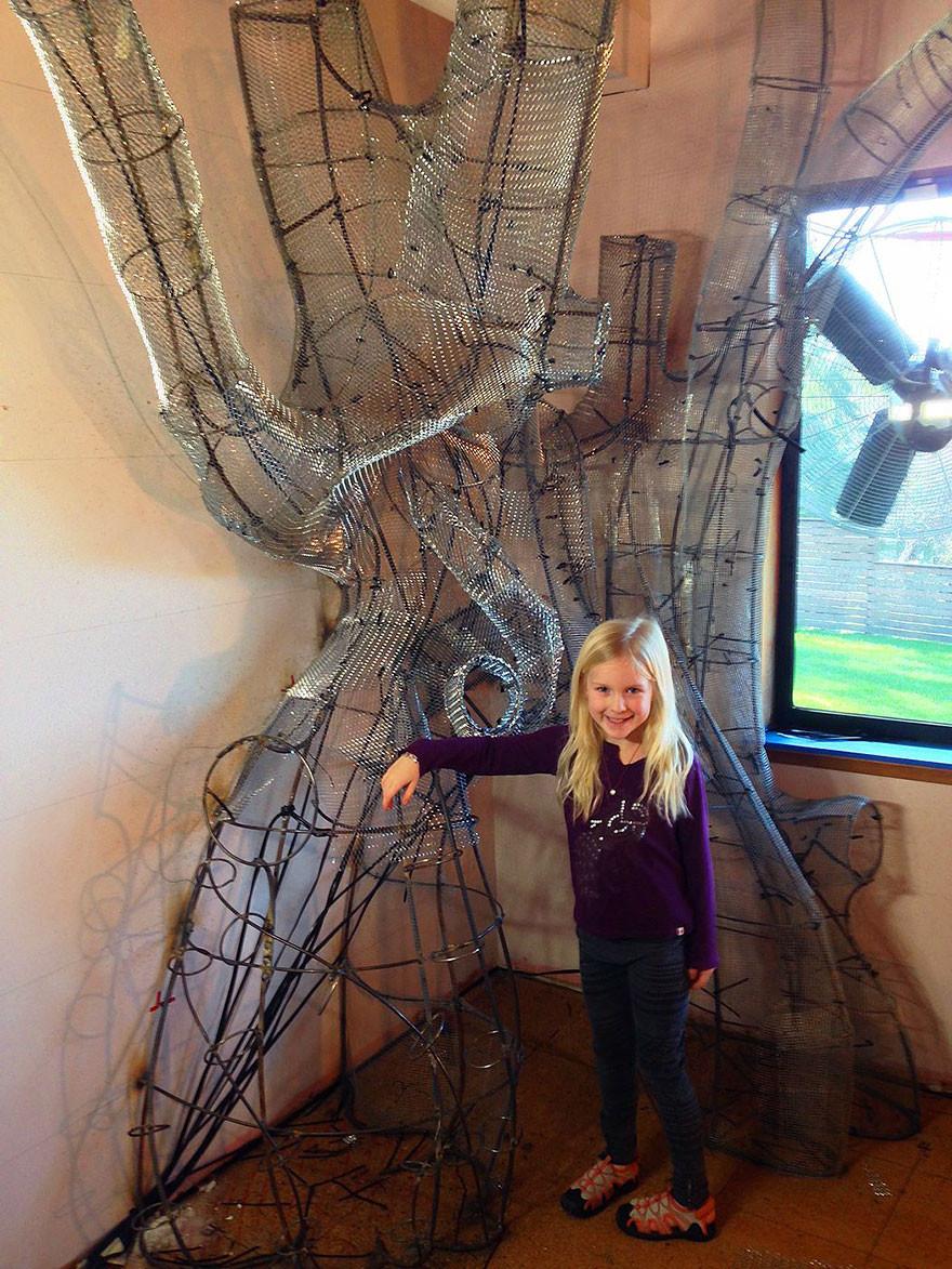 ديكور غرفة أطفال - بناء الهيكل المعدني للشجرة