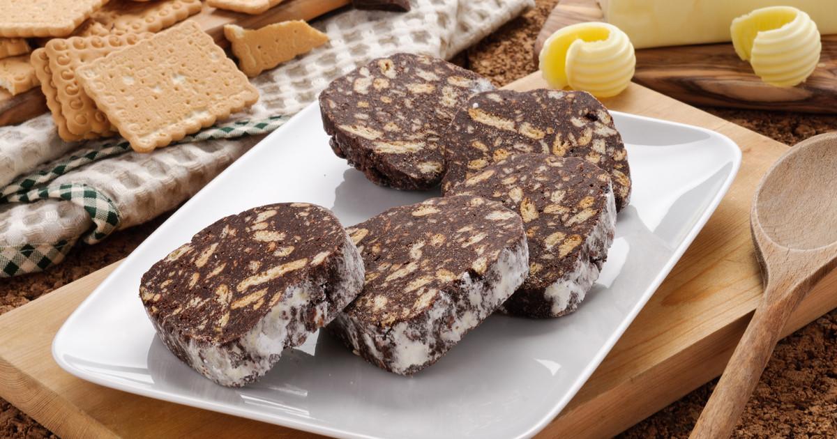طريقة عمل طبقات البسكويت والشوكولاتة
