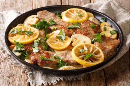 وصفات لشرائح اللحم - طريقة عمل شرائح اللحم بالثوم وصوص الليمون