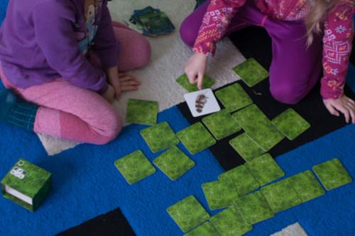 كيفية التعامل مع الطفل كثير الحركة - لعبة الذاكرة