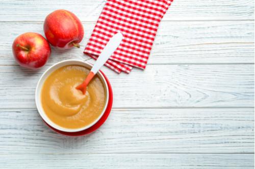 وصفات التفاح للرضع - طريقة عمل مهروس التفاح وعصير البرتقال للرضع