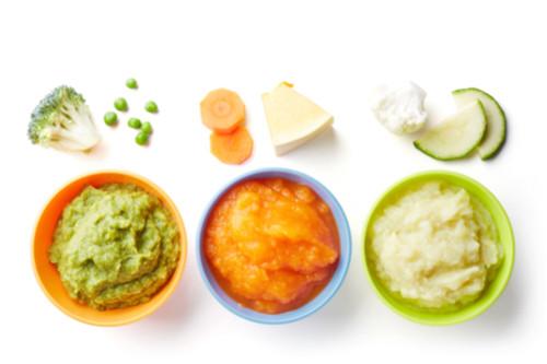 الطعام المناسب أثناء فترة التسنين - طريقة عمل البيوريه للرضع