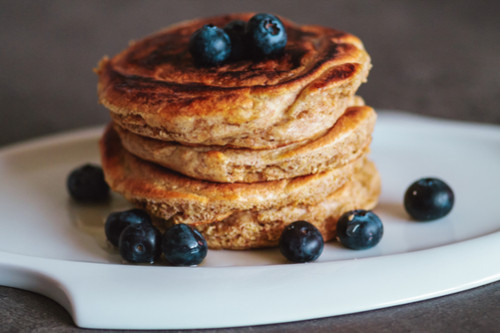 الطعام المناسب أثناء فترة التسنين - طريقة عمل المافن والبان كيك