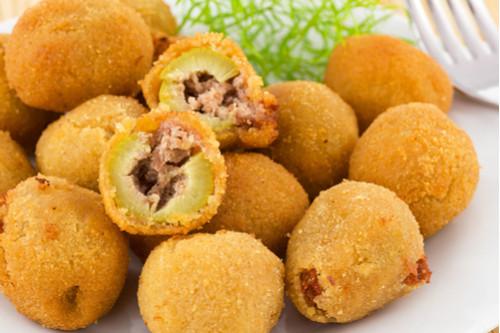 وصفات بطاطس - طريقة عمل كرات البطاطس المهروسة المحشوة باللحم المفروم