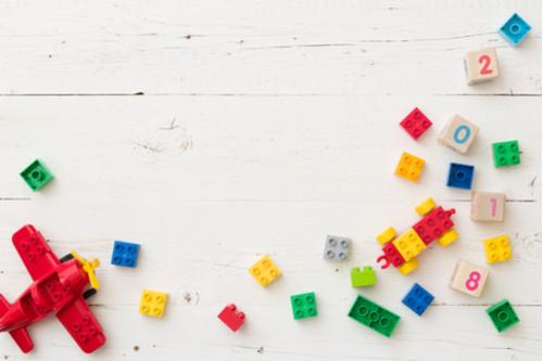 ألعاب أطفال عمر سنتين - المكعبات