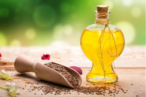 وصفات لعلاج الإمساك - علاج الإمساك بزيت الخروع