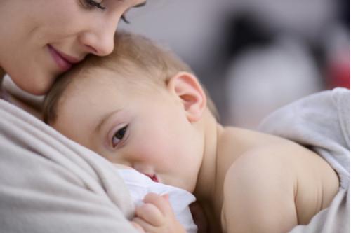 الرضاعة الطبيعية - عبارات تزعج الأم المرضعة