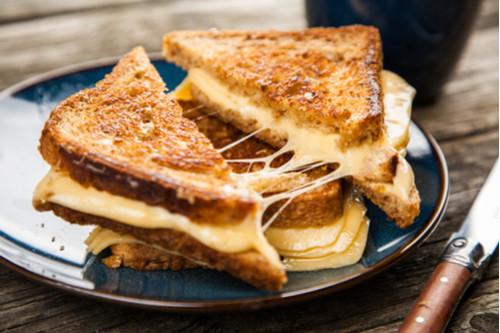 ساندوتشات الجبن للأطفال - طريقة عمل ساندوتش الجبن المشكل