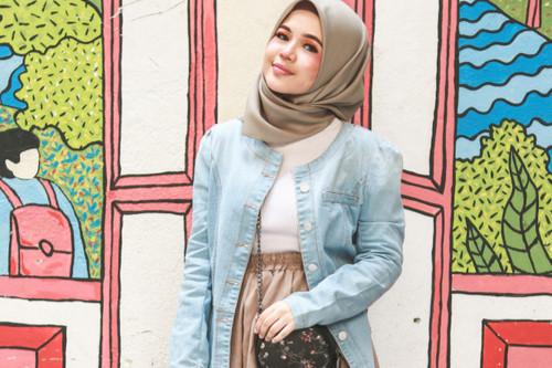تقليل الشعور بالحرارة في رمضان - جاكيت جينز واسع