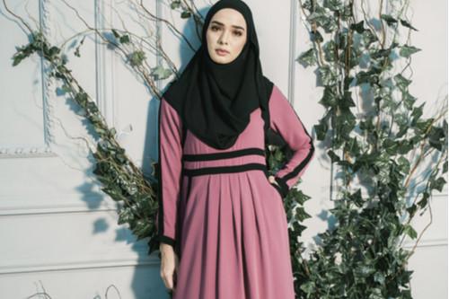 تقليل الشعور بالحرارة في رمضان - فستان طويل