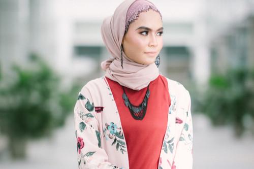ملابس العيد للنساء - كارديجان