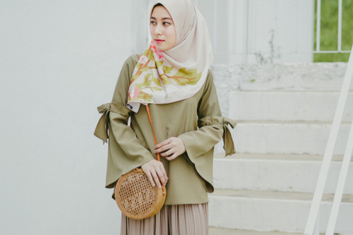 ملابس العيد للنساء - بنطلون واسع