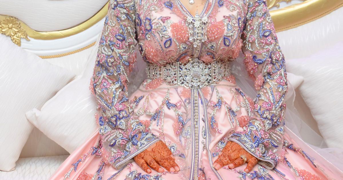 ملابس رمضانية - عباءة سواريه