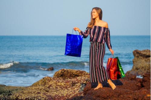 أفكار لملابس البحر - الفساتين القطنية المخططة