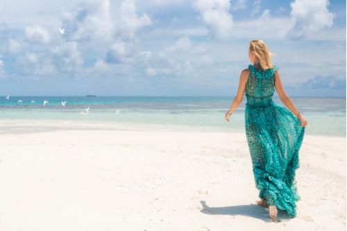 أفكار لملابس البحر - الفساتين المنقوشة