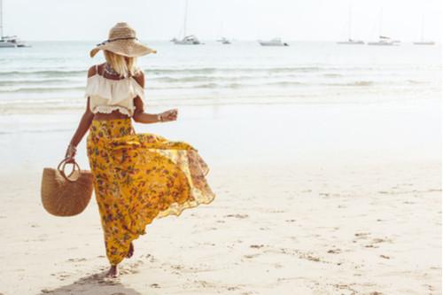 أفكار لملابس البحر - القبعة وحقيبة البحر