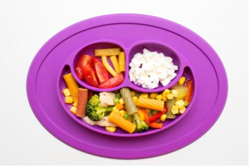 الفطام التلقائي للطفل - جبن وخضروات