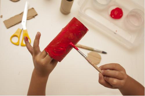 أعمال يدوية للأطفال - حافظة أقلام