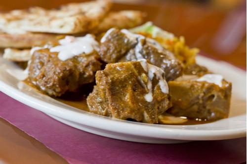 لحم النيفا - لحم الماعز على الطريقة الماليزية