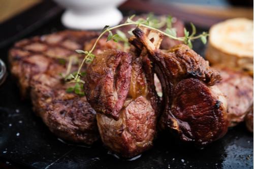 لحم النيفا - لحم الماعز المشوي