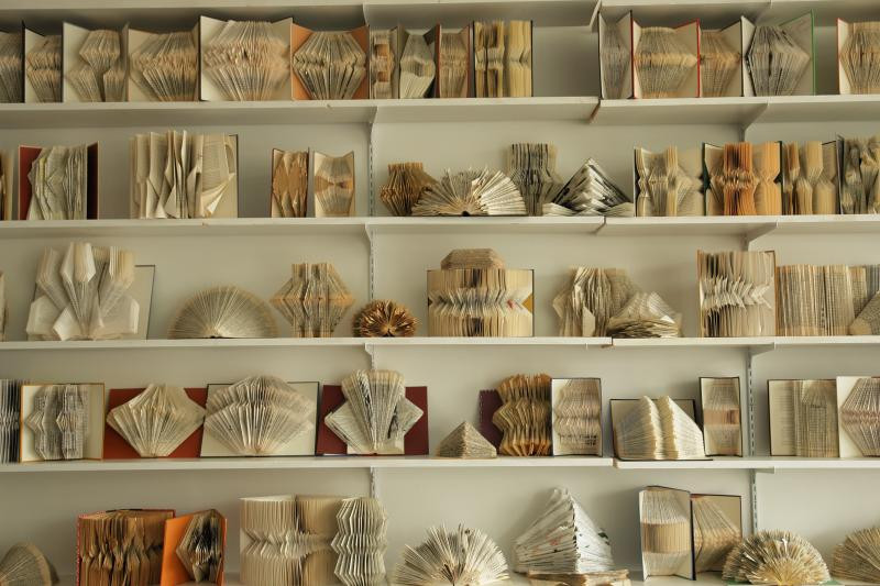 أفكار ديكور منزلية - طي الكتب