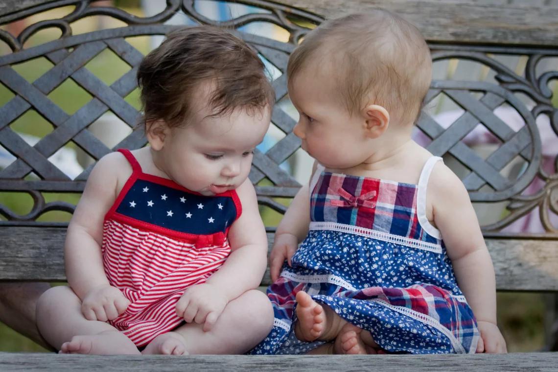 البوم ذكريات المولود -أول كلمة للطفل
