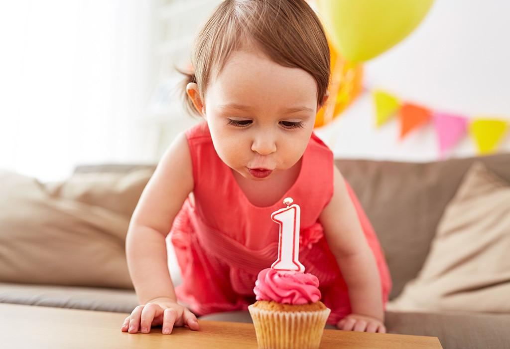 البوم ذكريات المولود - عيد ميلاد الطفل الأول