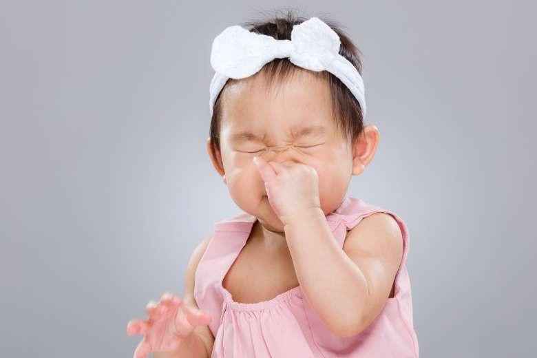 البخار الساخن لعلاج مشكلة انسداد الأنف