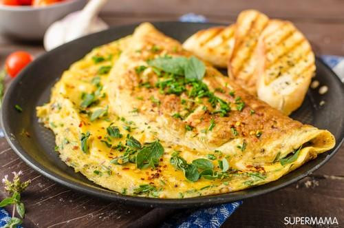وصفات بيض للفطور - طريقة عمل أومليت بالبقدونس