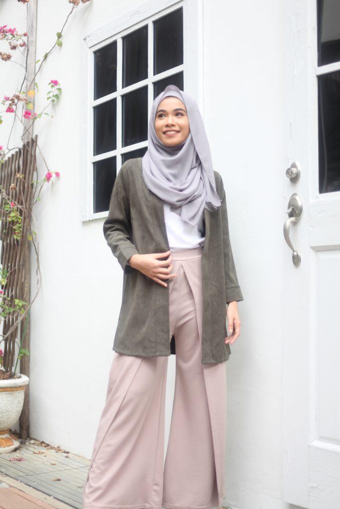 اختيار لون الحجاب المناسب - الألوان المتعادلة هي الرهان الناجح دائمًا