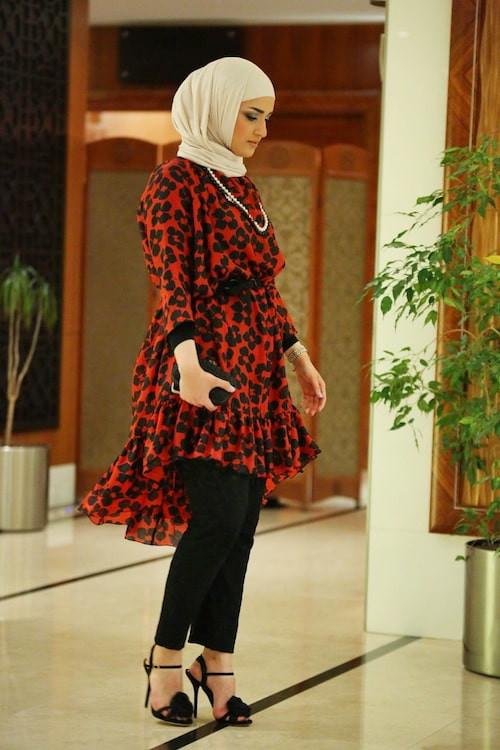 ملابس العيد - البلوزات المنقوشة